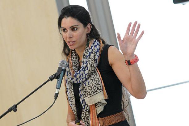 Kadonnut Natalie Christopher asuu ja työskentelee Kyproksella, mutta on kotoisin Britanniasta.