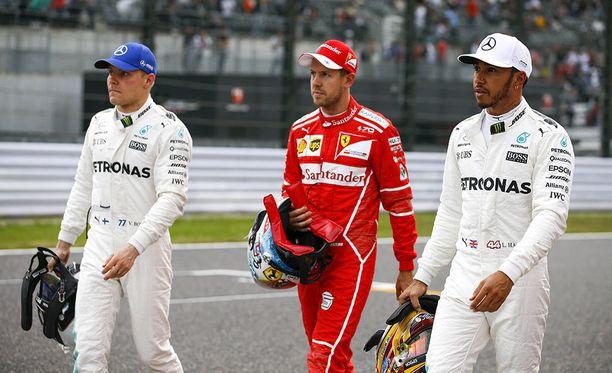 Valtteri Bottas, Sebastian Vettel ja Lewis Hamilton ovat muodostaneet F1-sarjan kärkikolmikon lähestulkoon läpi kauden.