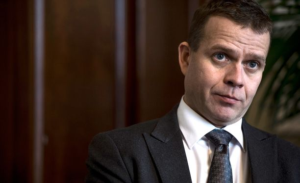Petteri Orpo osoittaa surunvalittelut kuolleen poliisin omaisille.