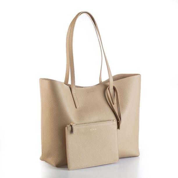 Estelle-shopper, 549 e