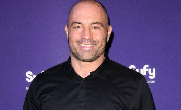 Joe Rogan on tuttu Pelkokerroin-ohjelmasta ja UFC-piireistä.