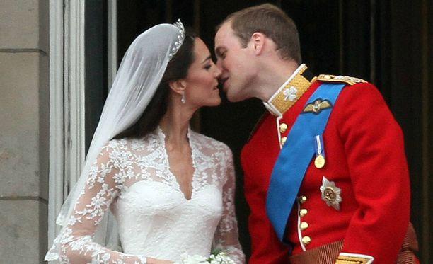Vastavihittyjen suudelma.