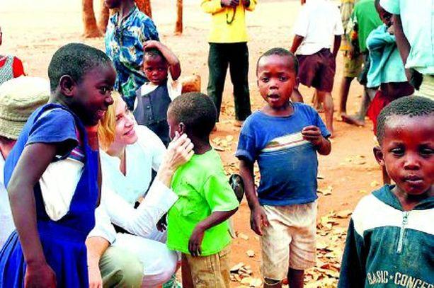 Madonna vieraili orpokodissa useaan otteeseen.