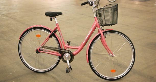 Britanniassa ei kannata ryhtyä liian intiimiksi polkupyöränsä kanssa. Kuvan pyörä ei liity tapaukseen.