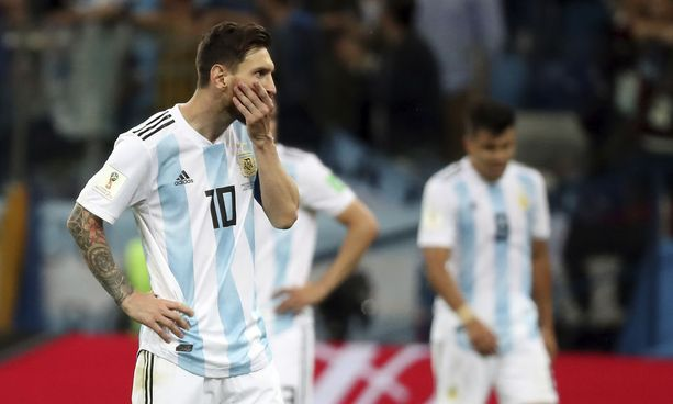 Koko Argentiina toivoo Leo Messin onnistuvan tänä iltana.