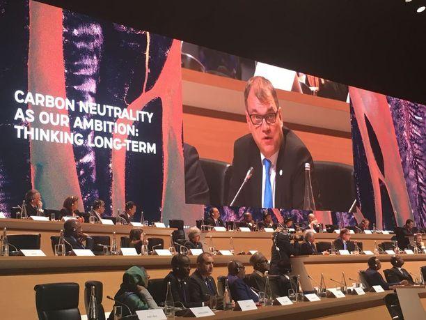 Pariisin kansainväliseen ilmastokokoukseen tiistaina osallistunut pääministeri Juha Sipilä esitteli Suomen neljä keskeistä toimea ilmastonmuutoksen torjunnassa.