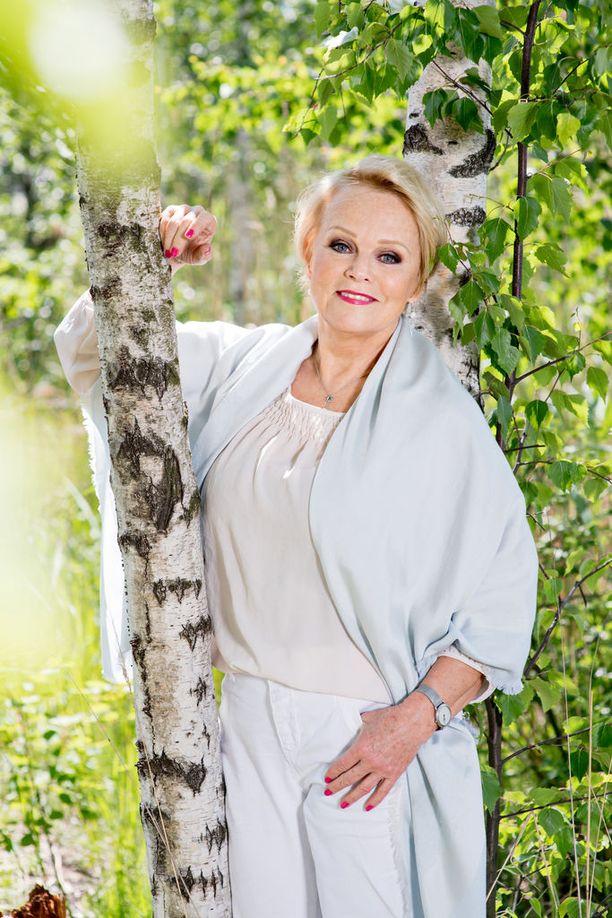 Katri Helenan aviomies kuoli sydäninfarktiin 30 vuotta sitten.