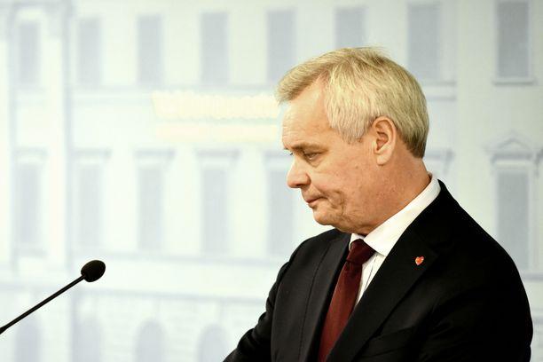 Antti Rinne kertoi eronsa taustoista tiedotustilaisuudessa tiistaina.