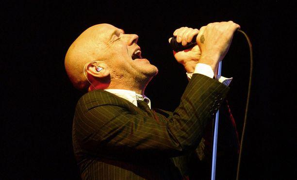 R.E.M oli 90-luvulla yksi maailman suosituimmista yhtyeistä. Kuvassa solisti Michael Stipe.