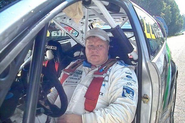 2000-luvun alussa Jari Viita kilpaili ralliautoilussa lajin kansallisella huipulla ja myös lajin maailmanmestaruussarjassa WRC-kalustolla.