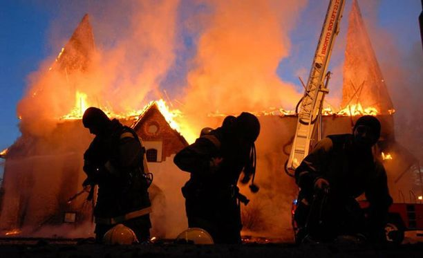 Tuli tuhosi kirkon ulkokaton ja kattorakenteet. Sisäosat kärsivät pääosin savuvahingoista.