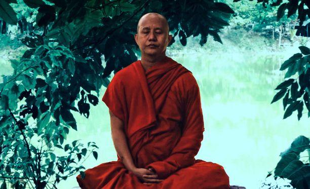 Wirathu ottaa helposti kunnian myös sellaisista asioista, jotka eivät muiden mukaan ole hänen aikaansaannoksiaan.
