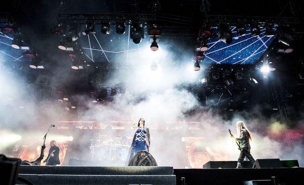 Nightwish soittaa seuraavan keikkansa 6. heinäkuuta Norjassa. Kuvassa bändi esiintymässä 2015 Ratinan stadionilla.