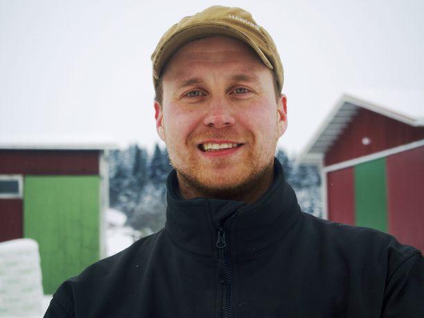 31-vuotias Tuomo on Rantasalmella sijaitsevan sukutilansa yhdeksäs isäntä.