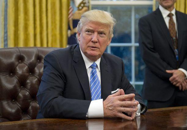 Donald Trump haluaa rakentaa öljyputket.