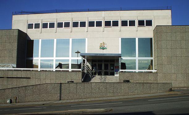 Oikeutta käytiin Brightonin nuoriso-oikeudessa Etelä-Englannissa.
