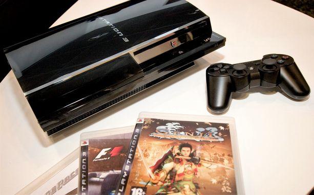 Pelikonsolin sisälle oli kätketty 408 erilaista tablettia. Kuvituskuva Playstion 3 konsolista ohjaimineen.
