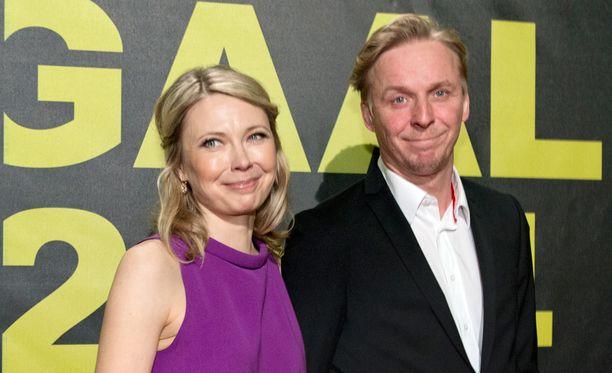 Teresa Meriläinen ja Eero Aho saapuivat yhdessä Jussi-gaalaan vuonna 2014.