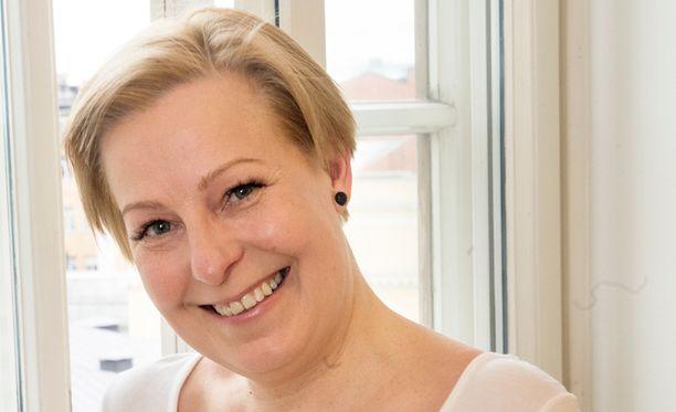 Mari Sarolahti työskentelee nykyisin Ylellä Radio Suomen Helsingin toimituksessa.