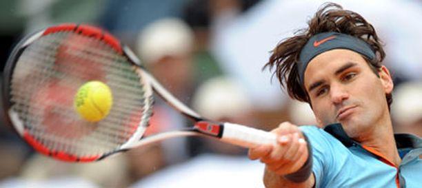 Roger Federer on saavutuksillaan liittynyt kovimpien tennislegendojen joukkoon.