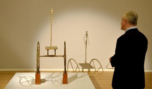 Alberto Giacomettin pronssiveistos rikkoi sadan miljoonan dollarin rajan.