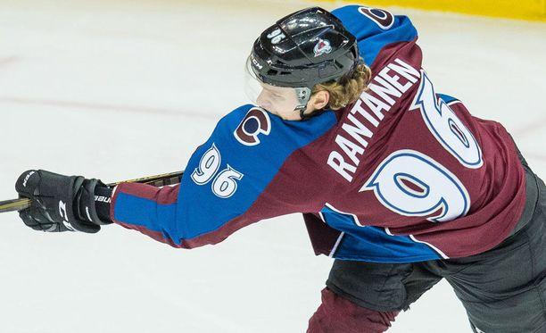 Mikko Rantanen tykitti kolme maalia Montrealia vastaan.