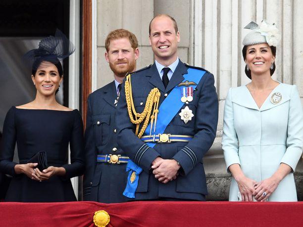 Prinssi Williamin ja prinssi Harryn välit ovat parantuneet sen jälkeen, kun Sussexin herttuapari muutti Pohjois-Amerikkaan.