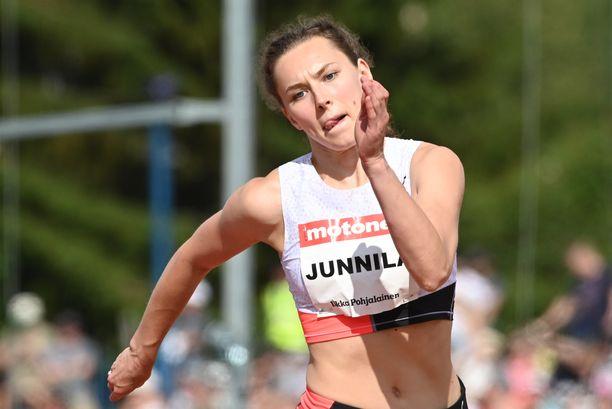 Ella Junnilan ulkoratakausi 2021 on ollut kesy.