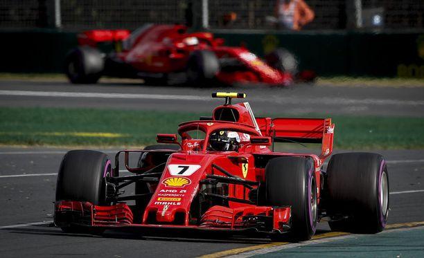 Kimi Räikkönen aloitti kauden kolmostilalla.
