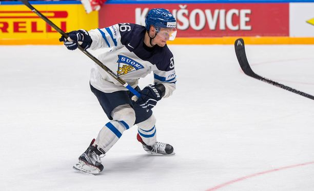 Teemu Pulkkinen pääsee jälleen nauttimaan Mikael Granlundin tarjoilusta.