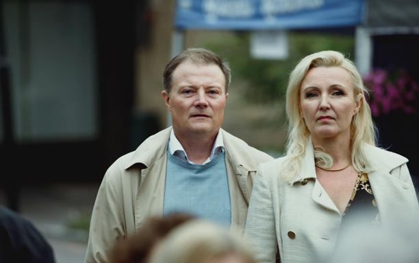 Kari Hietalahti ja Mari Perankoski tähdittävät sarjan kakkoskautta.