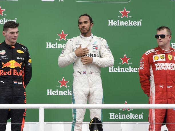 Max Verstappen, Lewis Hamilton ja Kimi Räikkönen ovat olleet F1-kauden jälkimmäisen puolikkaan parhaimmistoa. Kolmikko on vienyt viimeisimmissä 10 osakilpailussa nimiinsä 21 palkintosijoitusta 30:stä.