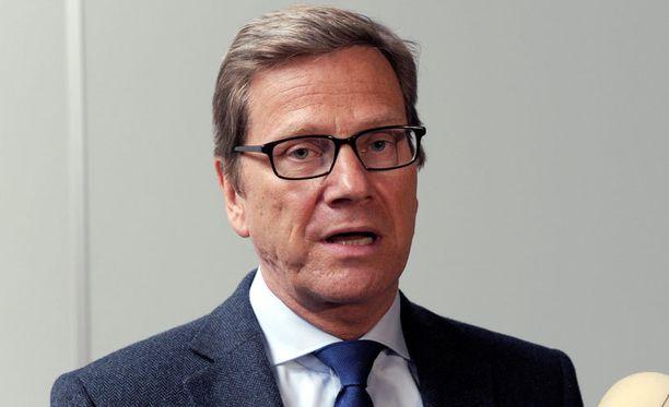Guido Westerwelle ei pidä David Cameronin kansanäänestysajatuksesta.