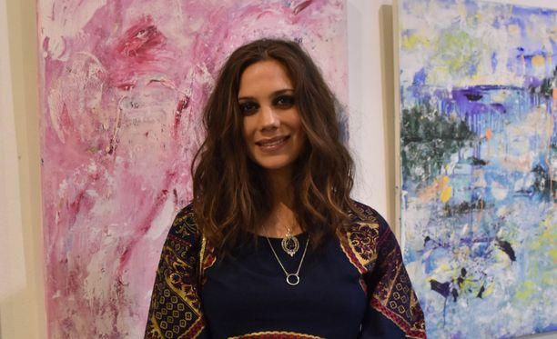 Manuela Bosco tekee kuvataidetta työkseen.
