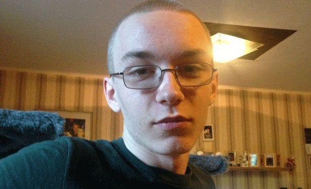 Bochumin poliisi julkaisi kuvan 19-vuotiaasta Marcel Hessestä, jonka uskotaan murhanneen 9-vuotiaan pojan. Hesse on etsintäkuulutettu, ja häntä pidetään vaarallisena.