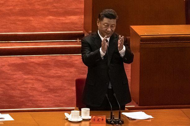 Kiinan presidentti on viimein onnitellut Bideniä.