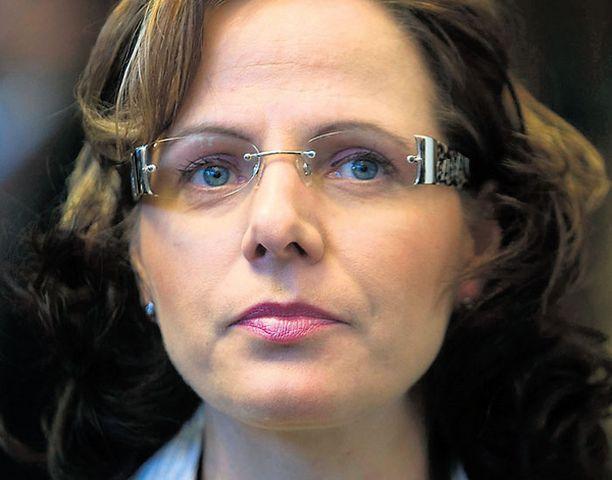 – Kohta voi korvat punoittaa, pääministerin suorasukaisten seksiviestien kohde, ex-rakas Susan Ruusunen paljastaa.