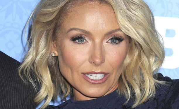 Kelly Ripan hymy ei irronnut botoxin vuoksi.
