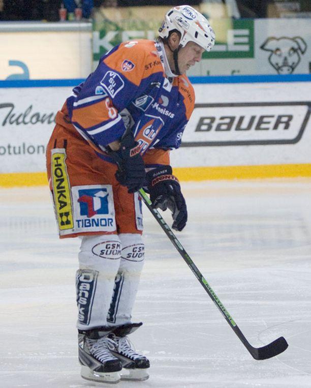 Janne Ojanen loukkasi reitensä pari viikkoa sitten TPS-ottelussa.