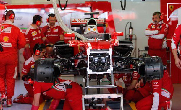Ferrari on tehnyt jo tässä vaiheessa kautta paljon muutoksia autoonsa.