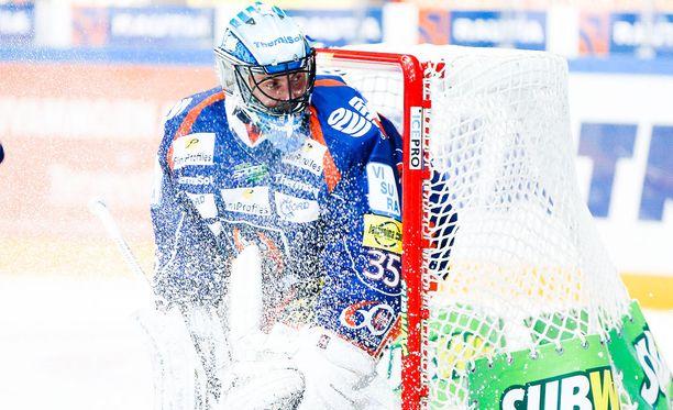 Konkari Mika Noronen pelasi rauhallisesti Tapparan maalissa.