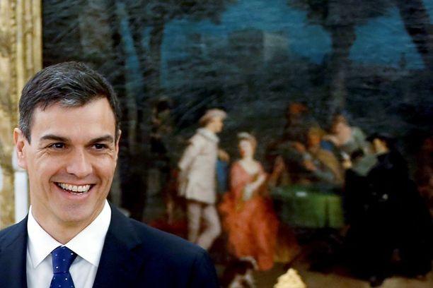 Pedro Sanchez haluaa pitää keskusteluyhteyden Euroopan unioniin ja separatisteihin.