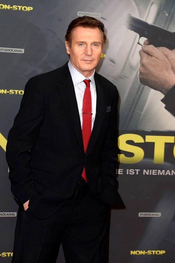 Liam Neeson tahtoisi toimintaelokuvien jälkeen tähdittää romanttista komediaa.