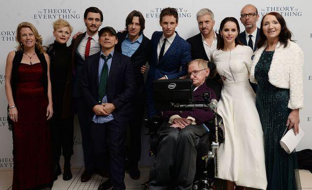Vuonna 2014 Stephen Hawkingin elämästä julkaistiin omaelämäkerrallinen elokuva Kaiken teoria. Elokuva perustui Hawkingin ensimmäisen vaimon Jane Wilden muistelmiin Travelling to Infinity: My life with Stephen. Kaiken teoria voitti Oscar-palkinnon parhaasta miespääosasta sekä Golden Globen parhaasta miespääosasta ja musiikista.