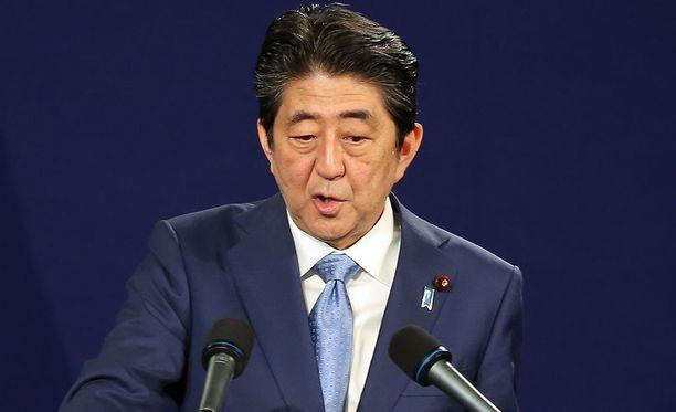 Japanin pääministeri Shinzo Abe kertoo Yhdysvaltain presidentin Donald Trumpin olevan kanssaan samaa mieltä siitä, että painostusta Pohjois-Koreaa kohtaan on lisättävä.