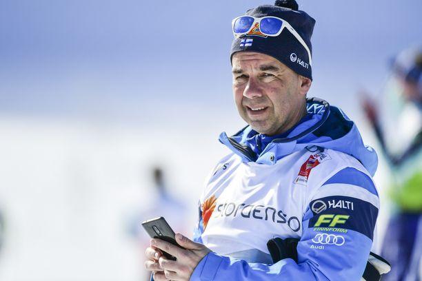 Toiminnanjohtajana seitsemän vuotta työskennellyt Mika Kulmala jättää Hiihtoliiton pitkän rupeaman jälkeen.