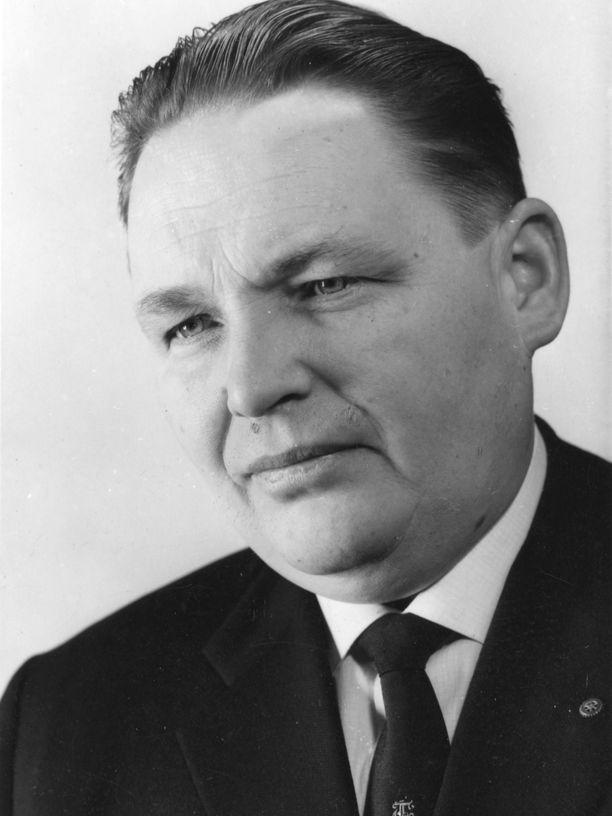 Raul Falin oli merkittävä autokauppias ja autourheilujohtaja.