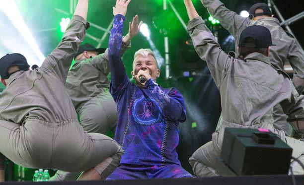 Antti Tuiskun show oli täynnä seksiä.