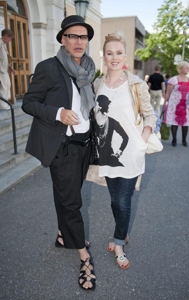 Jorma Uotinen ja Helena Lindgren esiintyvät TTK-finaalissa yhdessä.