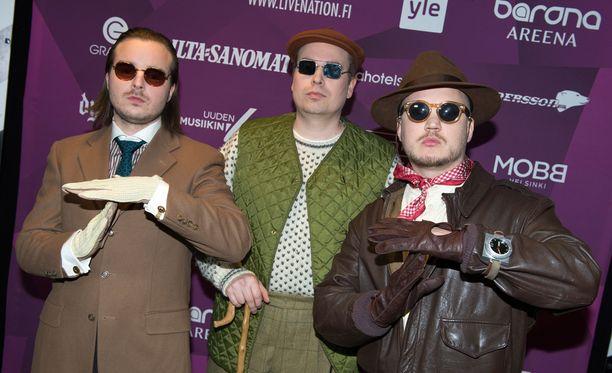 Teflon Brothers esiintyi lauantaina Helsingin Kaapelitehtaalla.